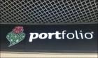 Wo man hinschaut: Portfolios! (Werbung: Airport Lissabon, eigene Aufnahme)